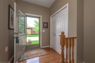 Photo 4: 34 1555 HIGHBURY Avenue in London: East A Residential for sale (East)  : MLS®# 40138511