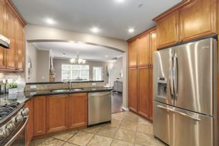 """Photo 5: 5372 LARCH Street in Vancouver: Kerrisdale Townhouse for sale in """"LARCHWOOD"""" (Vancouver West)  : MLS®# R2239584"""