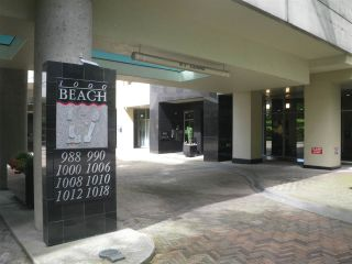 """Photo 3: 1303 1000 BEACH Avenue in Vancouver: Yaletown Condo for sale in """"1000 BEACH"""" (Vancouver West)  : MLS®# R2593208"""