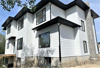 Photo 3: 31 Rockford Park NW in Calgary: Rocky Ridge Detached for sale : MLS®# A1116840