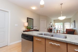 Photo 12: 104 2380 Brethour Ave in SIDNEY: Si Sidney North-East Condo for sale (Sidney)  : MLS®# 786586