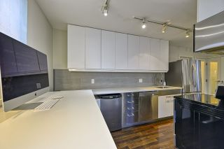 """Photo 7: 304 2370 W 2ND Avenue in Vancouver: Kitsilano Condo for sale in """"Century House"""" (Vancouver West)  : MLS®# R2540256"""