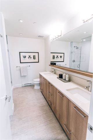 """Photo 6: PH02 258 NELSON'S Court in New Westminster: Sapperton Condo for sale in """"THE COLUMBIA AT BREWERY DISTRICT"""" : MLS®# R2529224"""