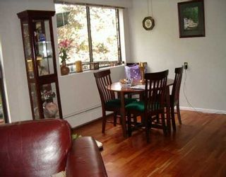 """Photo 4: 8957 HORNE ST in Burnaby: Government Road Townhouse for sale in """"TUDOR VILLAGE"""" (Burnaby North)  : MLS®# V559485"""