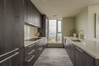 """Photo 6: 2303 285 E 10TH Avenue in Vancouver: Mount Pleasant VE Condo for sale in """"The Independent"""" (Vancouver East)  : MLS®# R2418764"""