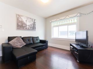 Photo 3: 2334 STEPHENS Street in Vancouver: Kitsilano House for sale (Vancouver West)  : MLS®# R2597947