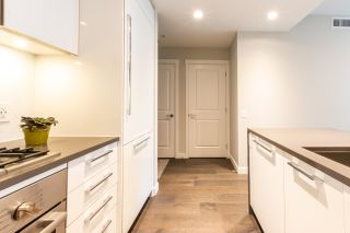 """Photo 4: 316 5687 GRAY Avenue in Vancouver: University VW Condo for sale in """"Eton"""" (Vancouver West)  : MLS®# R2428774"""