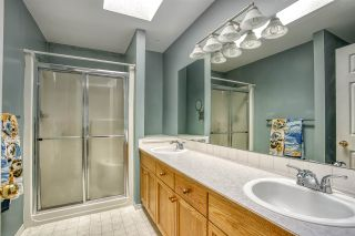 Photo 13: 35033 KOOTENAY Drive in Abbotsford: Abbotsford East House for sale : MLS®# R2452148