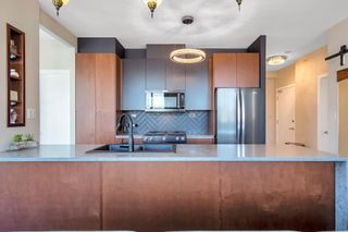 """Photo 4: 2402 989 BEATTY Street in Vancouver: Yaletown Condo for sale in """"THE NOVA"""" (Vancouver West)  : MLS®# R2604088"""