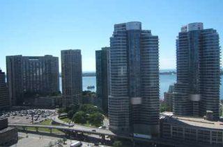 Photo 8: 9 30 Grand Trunk Crest in Toronto: Condo for sale (C01: TORONTO)  : MLS®# C1914833