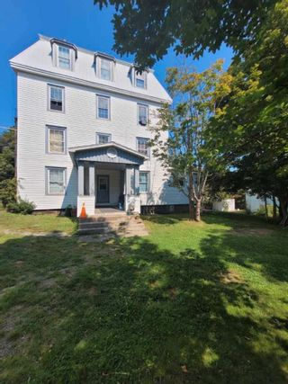 Photo 2: 78 FIRST AVENUE in Digby: 401-Digby County Multi-Family for sale (Annapolis Valley)  : MLS®# 202121896