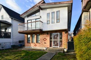 Photo 2: 3647 ADANAC Street in Vancouver: Renfrew VE House for sale (Vancouver East)  : MLS®# R2541740