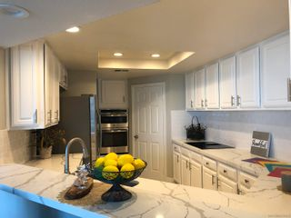 Photo 10: CROWN POINT Townhouse for sale : 3 bedrooms : 3822 Sequoia in San Diego