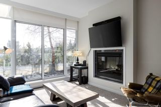 Photo 3: 305 708 Burdett Ave in : Vi Downtown Condo for sale (Victoria)  : MLS®# 866602