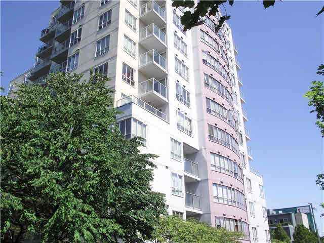 Main Photo: 904 3455 ASCOT Place in Vancouver: Collingwood VE Condo for sale (Vancouver East)  : MLS®# V1103933