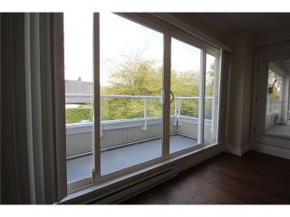 Photo 16: # 201 2110 YORK AV in Vancouver: Kitsilano Condo for sale (Vancouver West)  : MLS®# V1058982