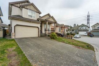 Photo 3: 7420 124B Street in Surrey: West Newton House for sale : MLS®# R2540263