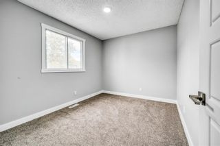 Photo 13: 129 405 64 Avenue NE in Calgary: Thorncliffe Row/Townhouse for sale : MLS®# A1037225