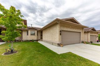 Main Photo: 157 KNOTTWOOD Road N in Edmonton: Zone 29 Townhouse for sale : MLS®# E4260659