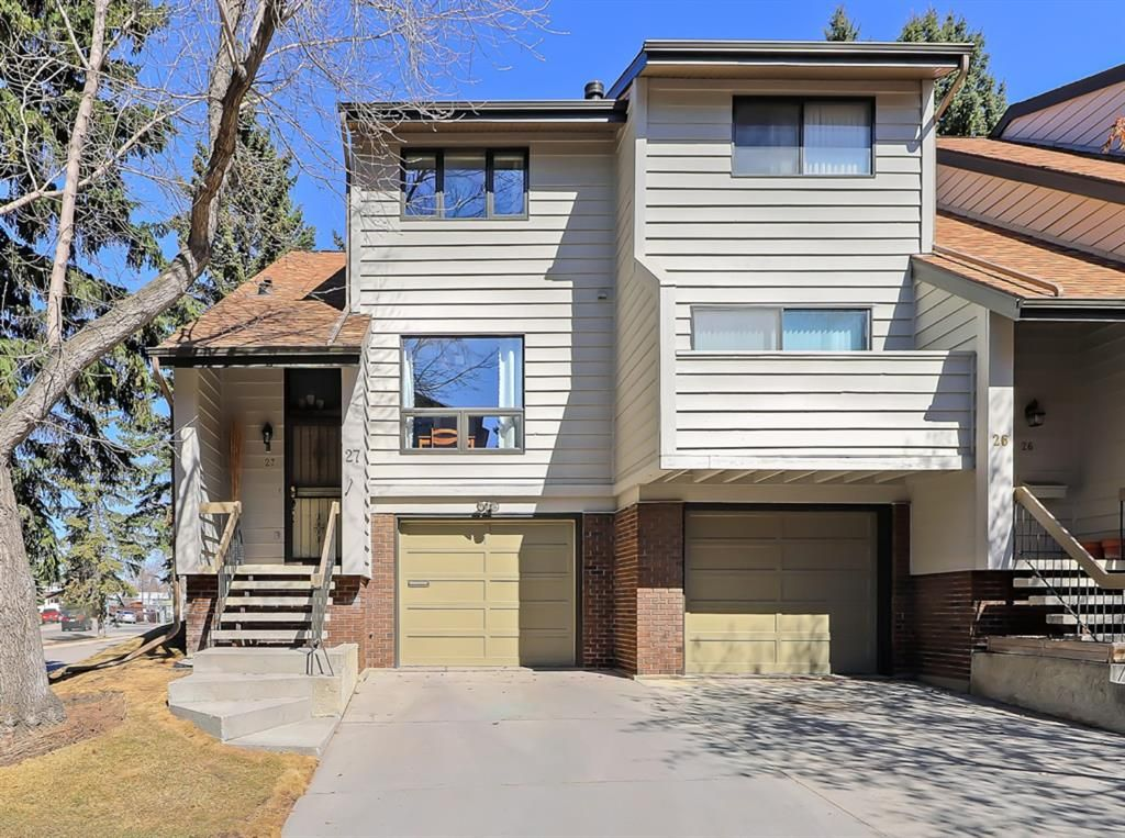 Main Photo: 27 3302 50 Street NW in Calgary: Varsity Row/Townhouse for sale : MLS®# A1091443