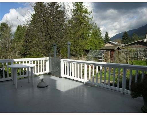 Photo 9: Photos: 274 W WINDSOR Road in North Vancouver: Upper Lonsdale House for sale : MLS®# V640851