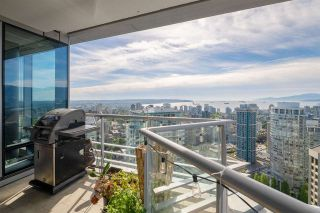 """Photo 11: 3602 1111 ALBERNI Street in Vancouver: West End VW Condo for sale in """"SHANGRI-LA"""" (Vancouver West)  : MLS®# R2591965"""