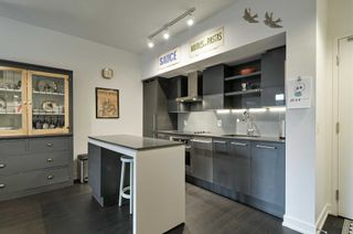 Photo 2: 418 1030 W King Street in Toronto: Niagara Condo for sale (Toronto C01)  : MLS®# C4521430