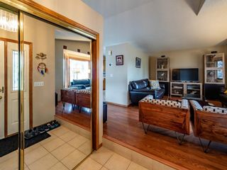 Photo 9: 29 Somerset Gate SW in Calgary: Somerset Detached for sale : MLS®# A1123677