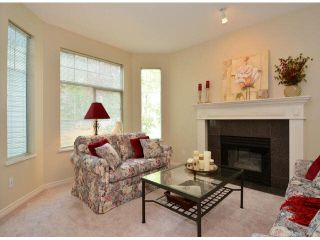 """Photo 4: 17 5708 208TH Street in Langley: Langley City Townhouse for sale in """"Bridle Run"""" : MLS®# F1424617"""