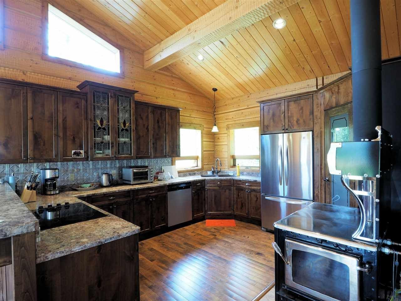 Photo 9: Photos: 4050 CANIM-HENDRIX LAKE Road in Canim Lake: Canim/Mahood Lake House for sale (100 Mile House (Zone 10))  : MLS®# R2396282