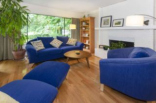Photo 1: 4328 STRATHCONA Road in North Vancouver: Deep Cove House for sale : MLS®# R2465091