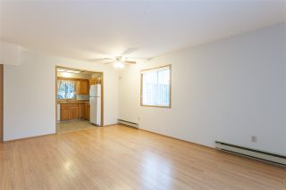 "Photo 6: 35 7525 MARTIN Place in Mission: Mission BC Townhouse for sale in ""LUTHER PLACE"" : MLS®# R2397624"