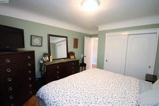 Photo 10: 2432 Richmond Rd in VICTORIA: Vi Jubilee Half Duplex for sale (Victoria)  : MLS®# 761847