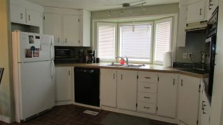 """Photo 4: 102 8420 ALASKA Road in Fort St. John: Fort St. John - City SE Manufactured Home for sale in """"Peace Country Mobile Home Park"""" (Fort St. John (Zone 60))  : MLS®# R2397195"""