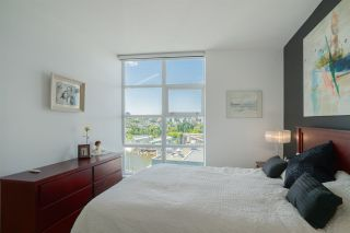 "Photo 11: 1702 638 BEACH Crescent in Vancouver: Yaletown Condo for sale in ""ICON"" (Vancouver West)  : MLS®# R2274580"