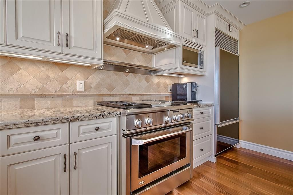 Photo 16: Photos: 153 SIGNATURE Close SW in Calgary: Signal Hill Detached for sale : MLS®# C4283177