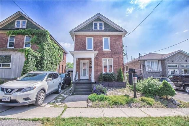 Main Photo: 173 N Centre Street in Oshawa: O'Neill House (2-Storey) for sale : MLS®# E3870250