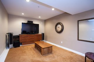 "Photo 15: 10 20761 TELEGRAPH Trail in Langley: Walnut Grove Townhouse for sale in ""Woodbridge"" : MLS®# R2155291"