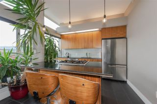 "Photo 6: 801 33 W PENDER Street in Vancouver: Downtown VW Condo for sale in ""33 Living"" (Vancouver West)  : MLS®# R2373850"
