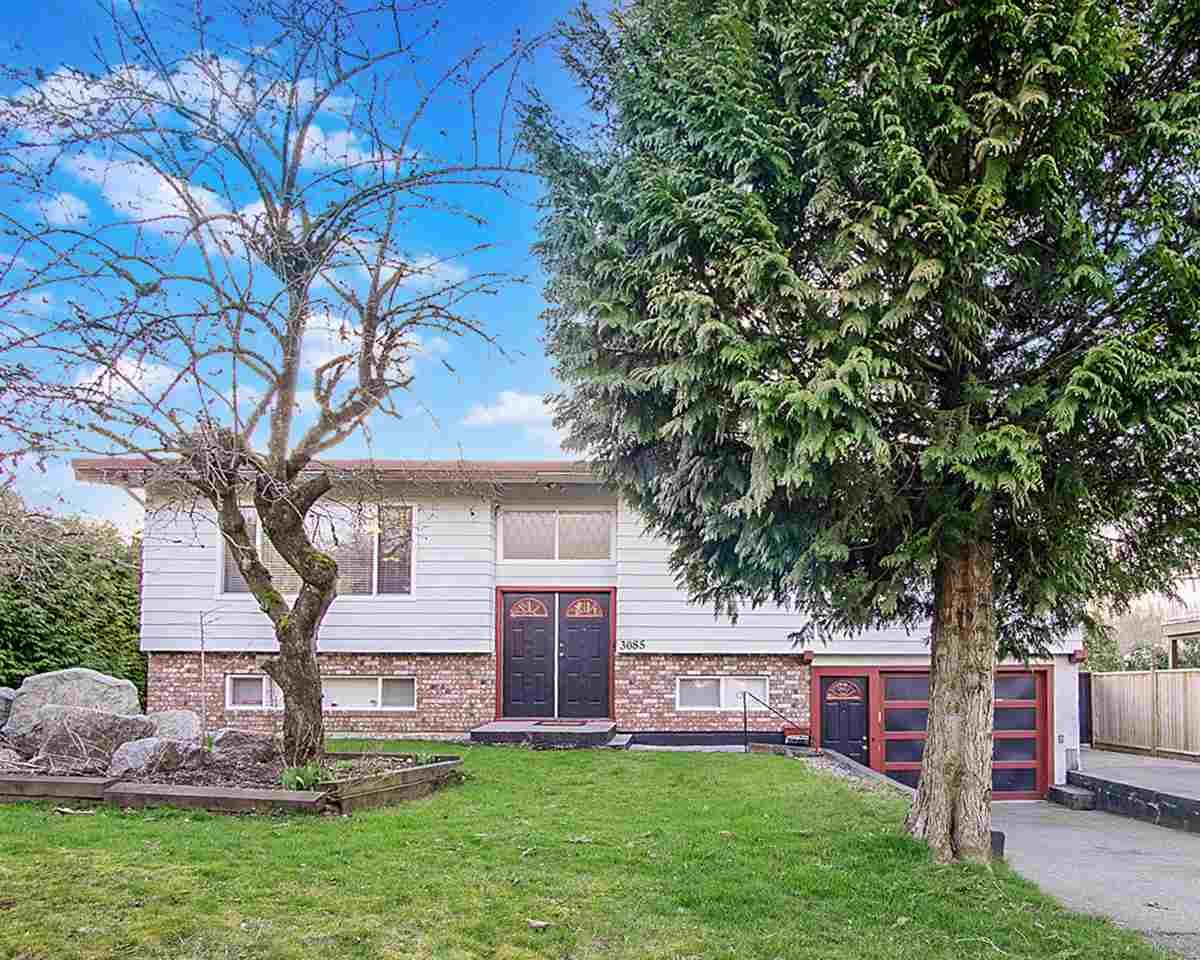 Main Photo: 3085 ROYAL Street in Abbotsford: Abbotsford West House for sale : MLS®# R2550497