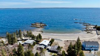 Photo 3: 555 Green Bay Road in Green Bay: 405-Lunenburg County Residential for sale (South Shore)  : MLS®# 202108574