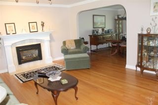 """Photo 3: 7475 185 Street in Surrey: Clayton House for sale in """"Clayton Cloverdale"""" (Cloverdale)  : MLS®# R2171403"""