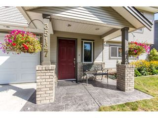 Photo 2: 35127 SKEENA Avenue in Abbotsford: Abbotsford East House for sale : MLS®# R2097137