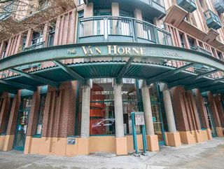 """Photo 1: 606 22 E CORDOVA Street in Vancouver: Downtown VE Condo for sale in """"VAN HORNE"""" (Vancouver East)  : MLS®# R2561471"""