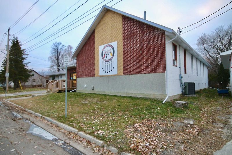 FEATURED LISTING: 308 Butler AVE Fort Frances