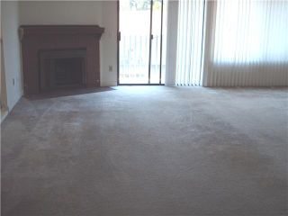 Photo 5: CLAIREMONT Townhouse for sale : 3 bedrooms : 4509 Caminito Cristalino in San Diego