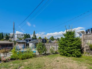 Photo 20: 4765 FAIRLAWN DR in Burnaby: Brentwood Park House for sale (Burnaby North)  : MLS®# V1136537