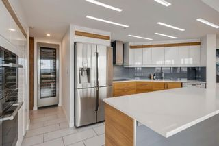 Photo 3: 2101 1088 6 Avenue SW in Calgary: Downtown West End Apartment for sale : MLS®# A1102804