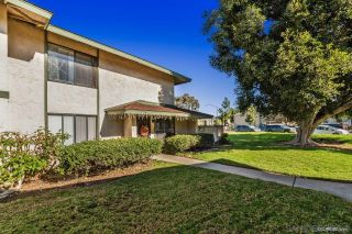 Photo 2: MIRA MESA Townhouse for sale : 4 bedrooms : 10191 Caminito Volar in San Diego