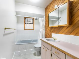 """Photo 22: 101 2880 OAK Street in Vancouver: Fairview VW Condo for sale in """"KINGSMERE MANOR"""" (Vancouver West)  : MLS®# R2597060"""